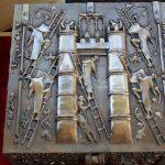 """""""73-3"""" - Vinnettis Bronze Replica of The Forrest Fenn Treasure Chest Top. Digital Image. Vinnetti's. April 2019. February 19, 2020. http://www.vinnettis.com/wp-content/uploads/2019/04/73-3.jpg"""