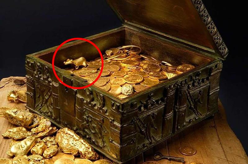 Forrest Fenn's Scrapbook Number Fourteen Forrest Fenn's Treasure Chest And Large Golden Frog